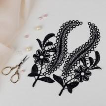 Аппликации пришивные «Лейсы», пара. Вышивка: цвет чёрный. Размер 24,0 × 10,0 см.