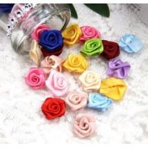 Цветки атласные Бутон розы. Цвет MIX. В комплекте 10 штук. Диаметр - 1,7-2.0 см