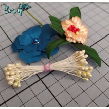 Тычинки для цветов средние Magic. Цвет молочный глянец. В связке 30 шт. (60 головок диаметром 3-3,5 мм)